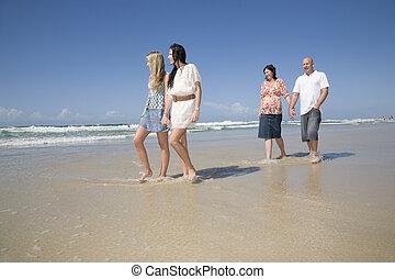 περίπατος , παραλία , κράτημα , οικογένεια , ανάμιξη