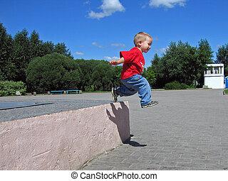 πηδάω , μικρός , μακριά , παιδί