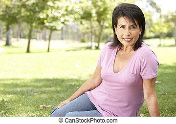 πορτραίτο , ανώτερος γυναίκα , πάρκο