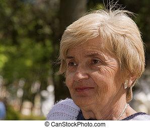 πορτραίτο , ανώτερος γυναίκα