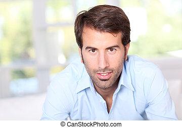 πορτραίτο , από , ωραία , άντραs , με , γαλάζιο πουκάμισο