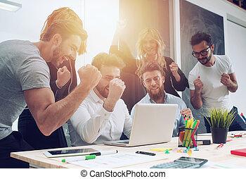 προστρέχω , γενική ιδέα , επιχείρηση , εταιρεία , startup , trend., πρόσωπο , ευτυχισμένος