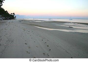 πρωί , παραλία , βόλτα