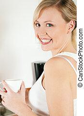 πόσιμο , γυναίκα , καφέs