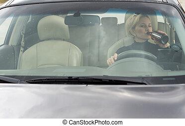 πόσιμο , γυναίκα , οδήγηση , αλκοολικός