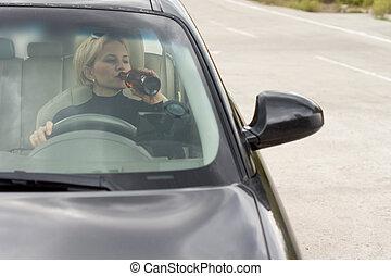 πόσιμο , γυναίκα , οδήγηση , μεθυσμένος