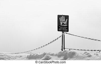 ? , σήμα , σταματώ , κάνω σκι ανήφορος , κίνδυνοs , off-piste , χιονάτος , avalanches.