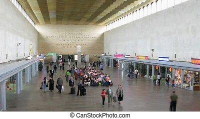 σιδηροδρομικόs σταθμόs , εποχή ακυρώνομαι