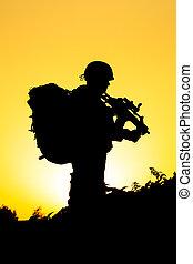 στρατιώτης , περίγραμμα
