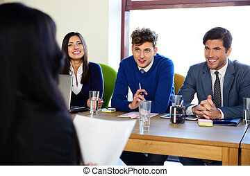 συνέντευξη , γυναίκα αρμοδιότητα , γραφείο , κάθονται