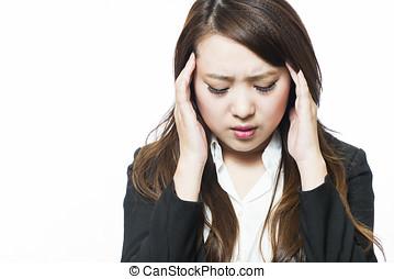 σωματικώς , γυναίκα αρμοδιότητα , άβολος , πονοκέφαλοs