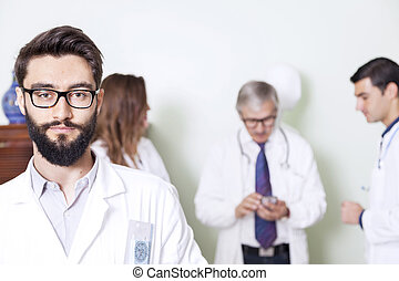 σύνολο , από , γιατροί , σε , νοσοκομείο