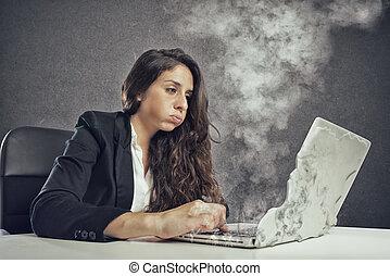 τήξη , laptop , γυναίκα , υπερκόπωση , δίνω έμφαση