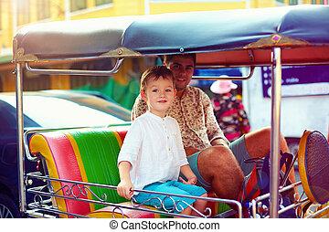 ταξί , πόλη , περιηγητής , οικογένεια , ταξιδεύω , διαμέσου , ασιάτης , tuk-tuk, ευτυχισμένος
