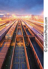 τρένο , έξοδα μεταφοράς εμπορευμάτων εκτόπιση , εξέδρα , - , φορτίο , διάβαση