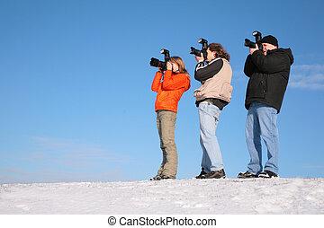 τρία , φωτογράφος , επάνω , χιόνι , λόφος