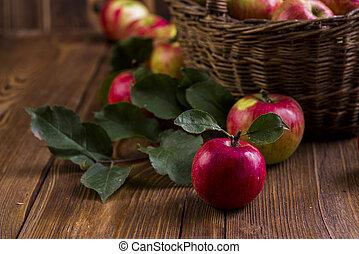 τραπέζι , μήλο