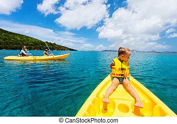 τροπικός , kayaking , οικογένεια , οκεανόs