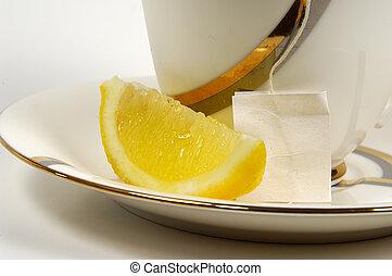 τσάι , λεμόνι
