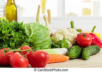 υγιεινός , λαχανικά , τροφή , φρέσκος , βάζω στο τραπέζι. , κουζίνα