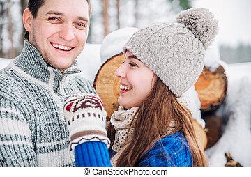 υπαίθριος , αγάπη , χειμώναs , ζευγάρι , νέος , αισθησιακός , φιλί , πορτραίτο , κρύο , wather.