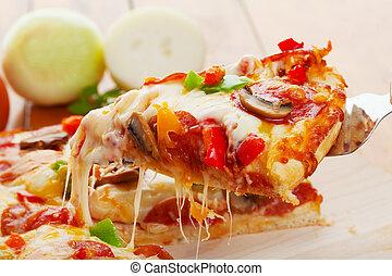 φέτα , πίτα με τομάτες και τυρί