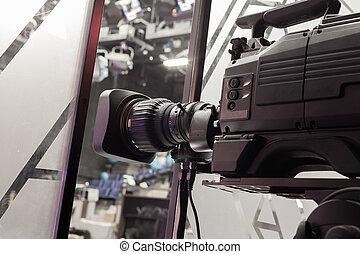 φακόs , κάμερα τηλεόρασης , στούντιο