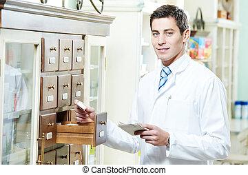 φαρμακευτική , φαρμακοποιός , άντραs , μέσα , φαρμακείο