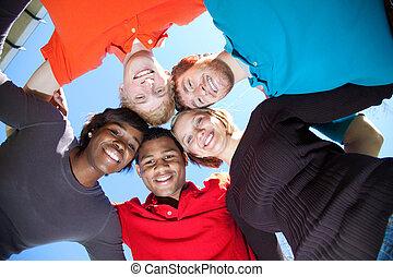 φοιτητόκοσμος , multi-racial , χαμογελαστά , κολλέγιο , ...