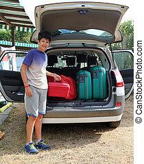 φορτίο , αγόρι , μακριά , άδεια , ταξίδι , βοήθεια , κιβώτιο , πριν