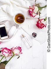φρέσκος , τριαντάφυλλο , με , τσάι , και , perfum