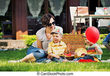φωτογραφία , ευτυχισμένος , κήπος , οικογένεια , απονέμω