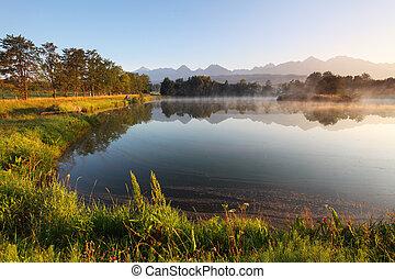 φύση , βουνό , σκηνή , με , όμορφος , λίμνη , μέσα , slovakia , tatra, - , strbske, pleso