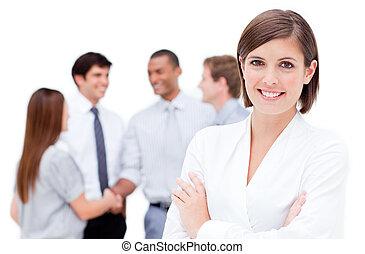 χαμογελαστά , επιχειρηματίαs γυναίκα , με , αγκαλιάζω αγκαλιά