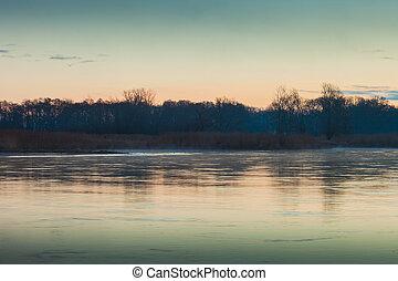 χαράζω , ποτάμι , oder