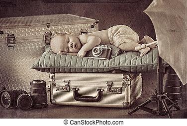 χαριτωμένος , μικρός , κοιμάται , βαλίτσα , φωτογράφος