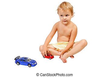 χαριτωμένος , μικρός , παιχνίδι , αγόρι , άμαξα αυτοκίνητο , παίξιμο
