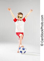 χαριτωμένος , μικρός , ποδόσφαιρο , παίξιμο , άντραs