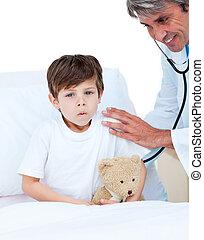 χαριτωμένος , μικρό αγόρι , ιατρικός , ακούω , check-up