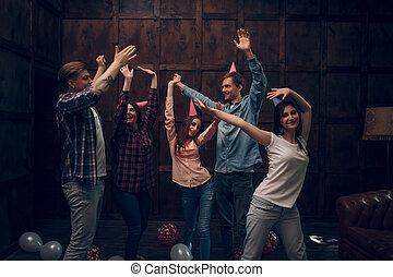 χορεύω , πάρτυ , γενέθλια , σύνολο , φίλοι