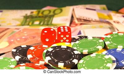 χρήματα , τηγανητέs πατάτεs , ζάρια , κόκκινο , χαρτοπαίγνιο...
