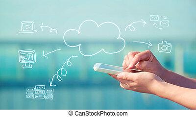 χρήση υπολογιστή , σύνεφο , smartphone, γενική ιδέα