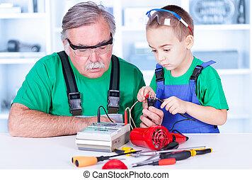 χρησιμοποιώνταs , multimeter , εγγόνι , παππούs
