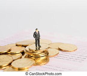 χρυσαφένιος , άνθρωποι , επιτυχής , ανώτατος , κέρματα , μινιατούρα , βιβλίο , αντέχω , φόντο , επιχειρηματίας , τράπεζα