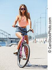 όμορφος , κορίτσι , ποδήλατο