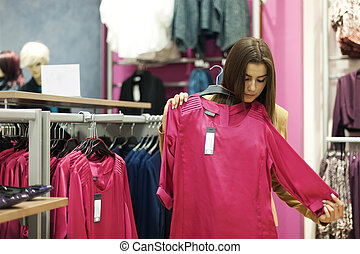 όμορφος , νέα γυναίκα , ψώνια , μέσα , ένα , κατάστημα...