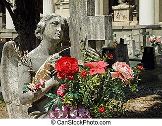 ангел, держа, цветы, на, cmetery