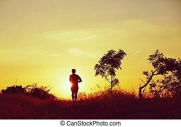 бег, закат солнца