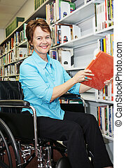 библиотекарь, в, инвалидная коляска