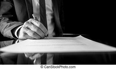 бизнесмен, signing, документ, или, контракт